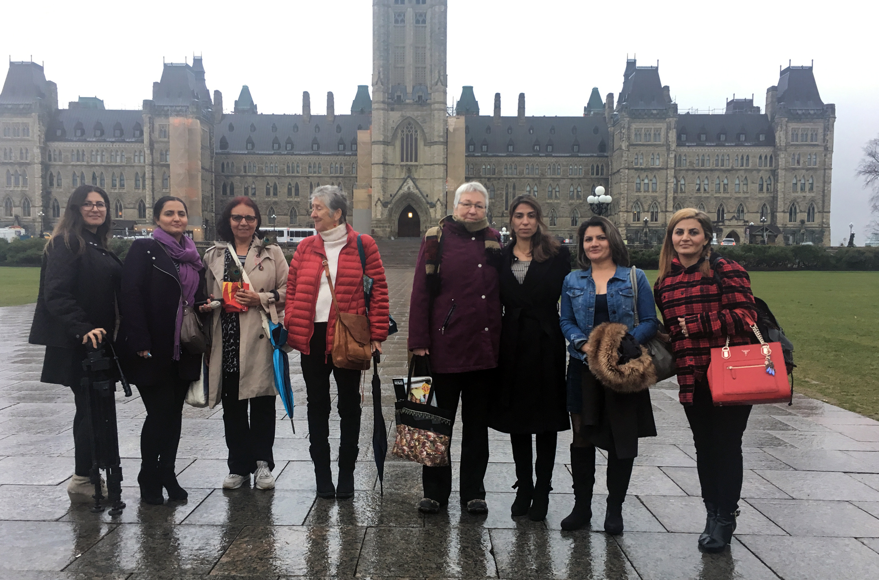 Dilkhaz, Nada, Ayshan, Lindsay, Chris, Adiba, Dlal and Aveen arriving at Parliament to deliver the petition.